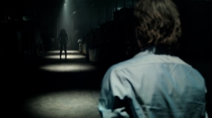 lights-out-trailer-warner-bros-530x296